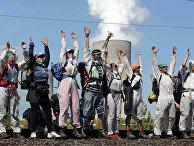 Климатические активисты во время акции протеста у угольной электростанции в Германии
