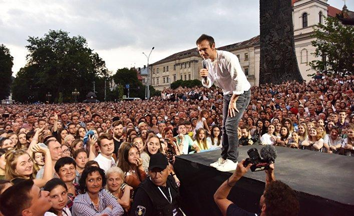 Встреча С. Вакарчука с избирателями
