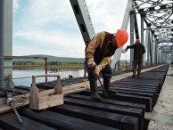 Новый железнодорожный мост через реку Амга