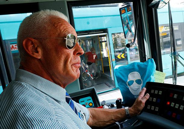 Водитель трамвая Питер Вирт из Франкфурта