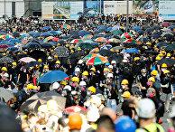 Протестующие против закона об экстрадиции в Гонконге