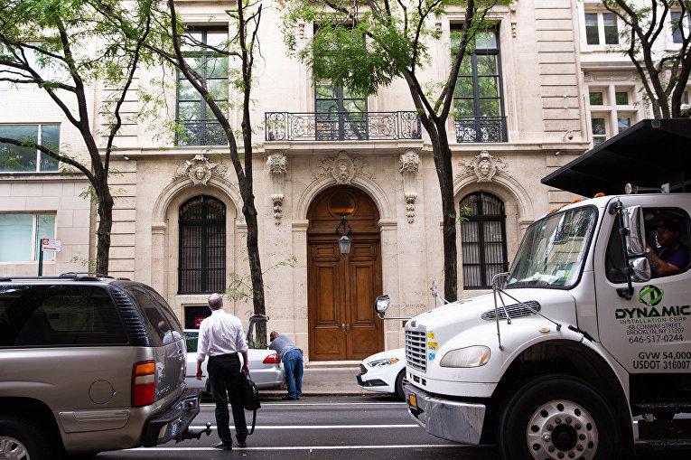 Вид особняка Джеффри Эпштейна в Нью-Йорке