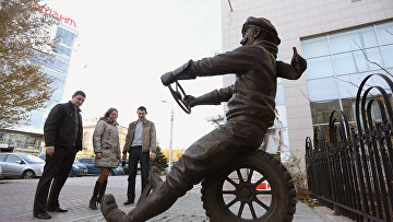 Памятник автомобилисту появился в Волгограде