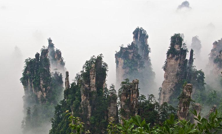 Горы Тяньцзи в Китае