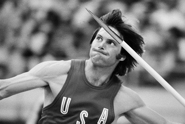 Американский спортсмен-легкоатлет Уильям Брюс Дженнер