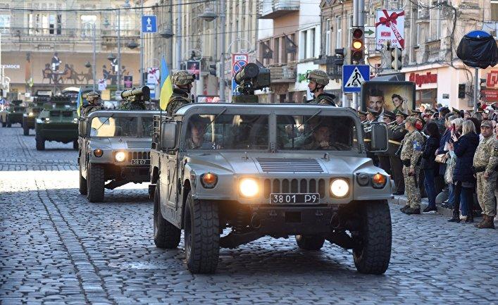 Военный парад к Дню защитника Украины во Львове