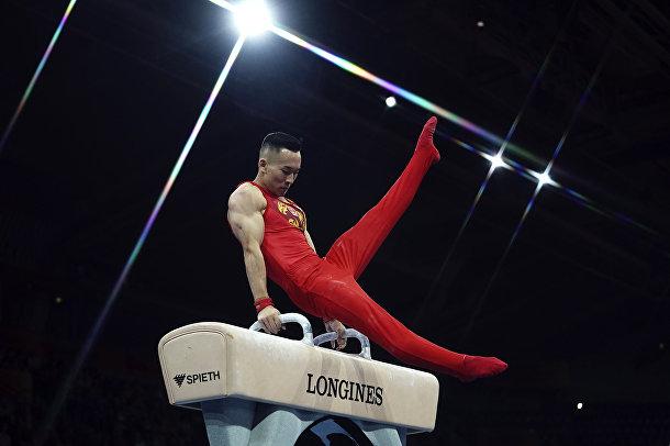 Выступление китайского гимнаста Сяо Жотэна