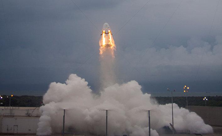 Летное испытание космического корабля Crew Dragon компании SpaceX