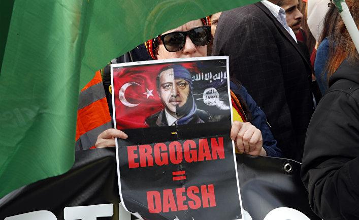 12 октября 2019. Протесты против операции Турции в Сирии