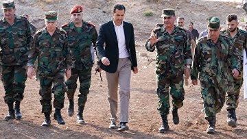 Президент Сирии Башар Асад на линии фронта в Идлибе