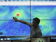 Ведущий прогноза погоды в Маниле, Филиппины
