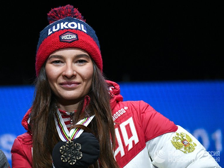 Российская лыжница Наталья Непряева