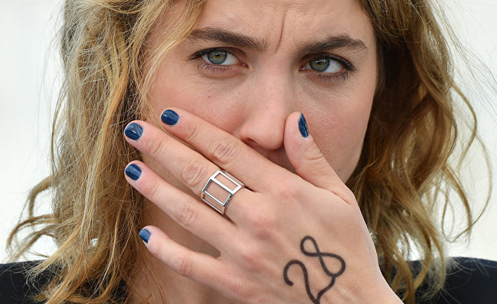 Французская актриса Адель Энель