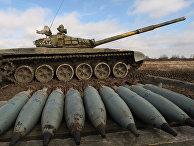 """Танковые учения Балтийского флота на полигоне """"Армейское"""""""