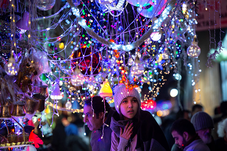 Рождественские украшения в Стамбуле
