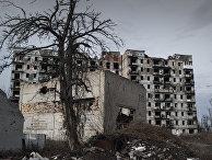 Разрушенные здания в Киевском районе Донецка