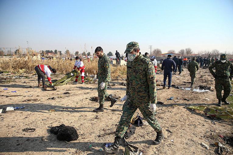 Украинский пассажирский самолет потерпел крушение в Иране