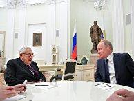 Бывший госсекретарь США Генри Киссинджер и президент РФ Владимир Путин во время встречи в Кремле. 29 июня 2017