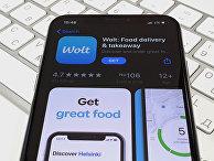Приложение Wolt на экране смартфона