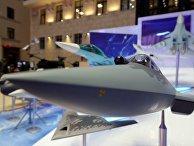 Экспонаты на выставке современных вооружений и техники
