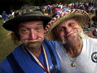 Зрители Redneck Games в штате Джорджия, США