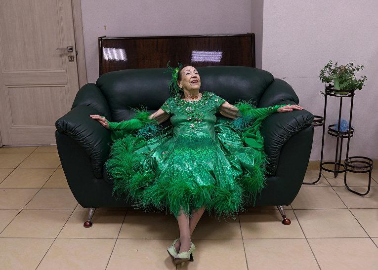 Майя Качина в социальном центре в Москве