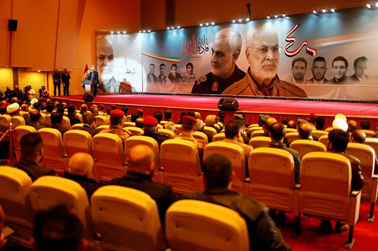 Участники дня памяти Касема Сулеймани в Багдаде, Ирак