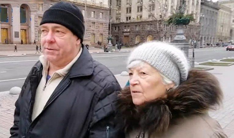 Нужен ли герб СССР на монументе Родина-мать в Киеве?