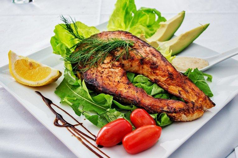 Блюдо с лососью