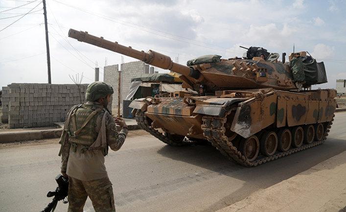 Турецкий солдат в городе Атареб, Сирия