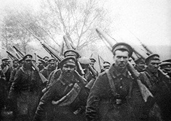 Отправка солдат на фронт во время Первой Мировой войны