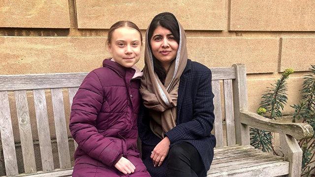 News Thump (Великобритания): Грета Тунберг и Малала Юсафзай встретились обсудить мальчишек, макияж и пони