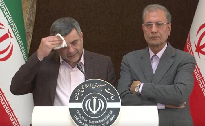 Замминистра здравоохранения Ирана Ирадж Харирчи на пресс-конференции