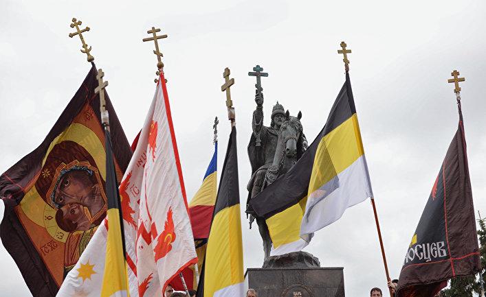 Церемония открытия в Орле первого в России памятника царю Ивану Грозному