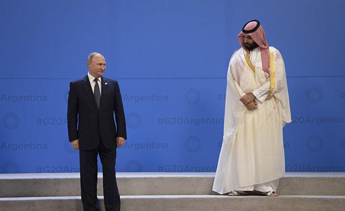 Президент РФ Владимир Путин и наследный принц Саудовской Аравии, министр обороны Королевства Саудовская Аравия Мухаммед бен Сальман аль Сауд