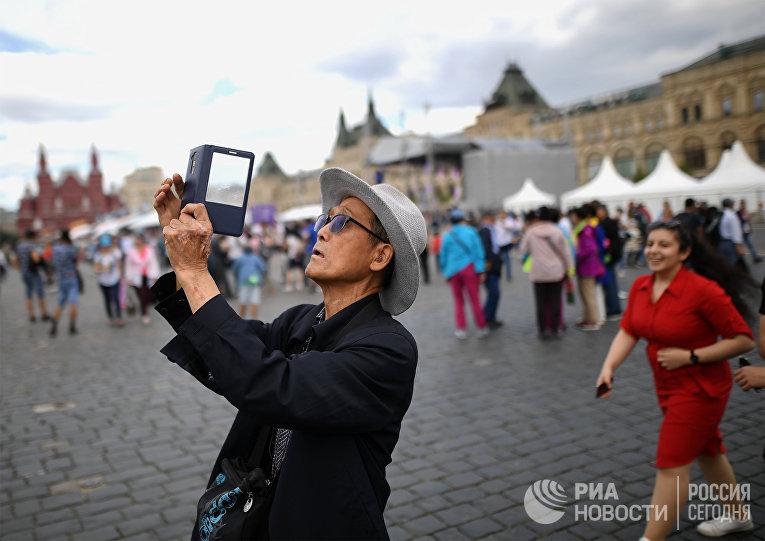 Китайский турист на Красной площади