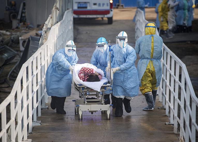 Работа полевого госпиталя в Ухане
