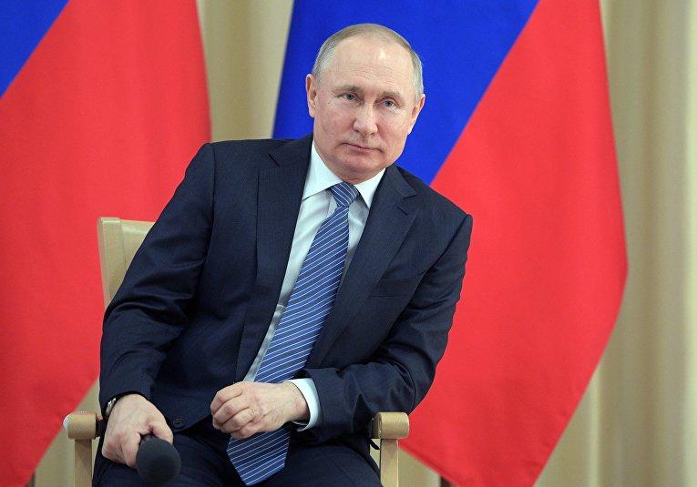 Президент РФ В. Путин провел встречу с представителями предпринимательского сообщества