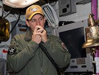 Командир авианосца ВМС США USS Theodore Roosevelt капитан Бретт Крозье