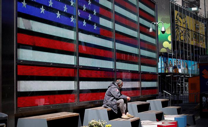 Бездомный на Таймс-сквер, Манхэттен, Нью-Йорк, США
