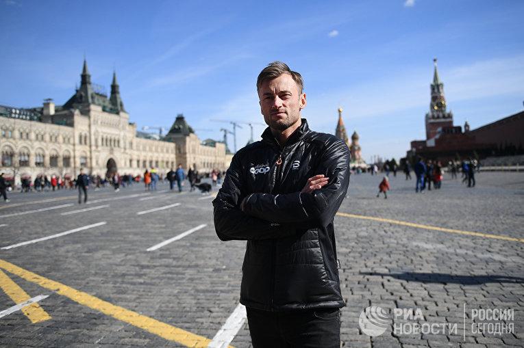 Прогулка Петтера Нортуга по Красной площади
