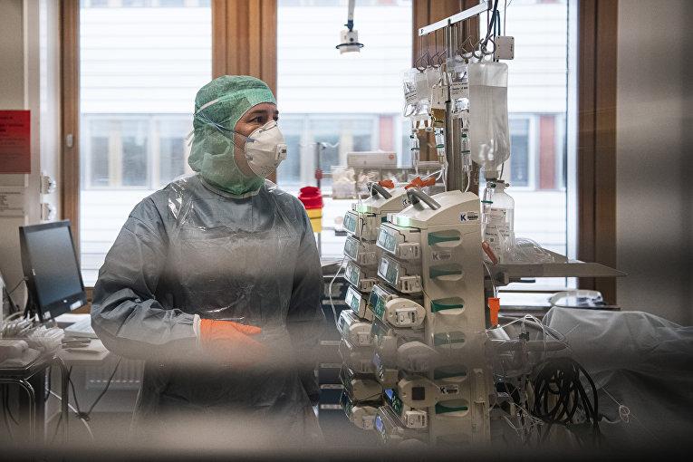 Медперсонал Каролинской больницы в Сульне, Стокгольм, Швеция