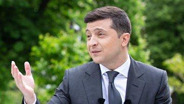 Годовщина пребывания В. Зеленского на посту президента Украины