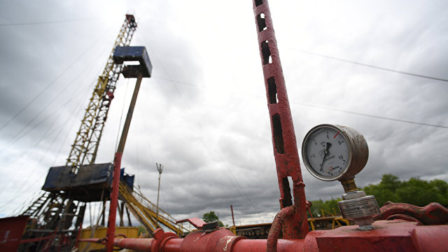 CNN (США): нефть впервые почти за три года поднялась в цене до 70 долларов за баррель