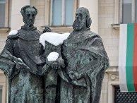 Памятник Кириллу и Мефодию