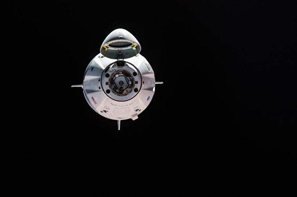 Механизм стыковки «Дракона» с космической станции