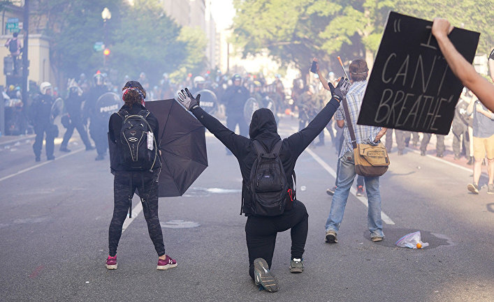 Участники акций протеста в Вашингтоне