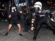 Столкновение полиции Атланты с демонстрантами