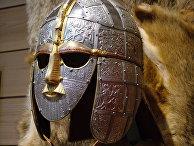 Шлем из Саттон-Ху