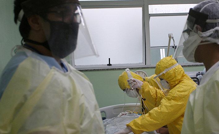 Медперсонал больницы в Санто-Андре